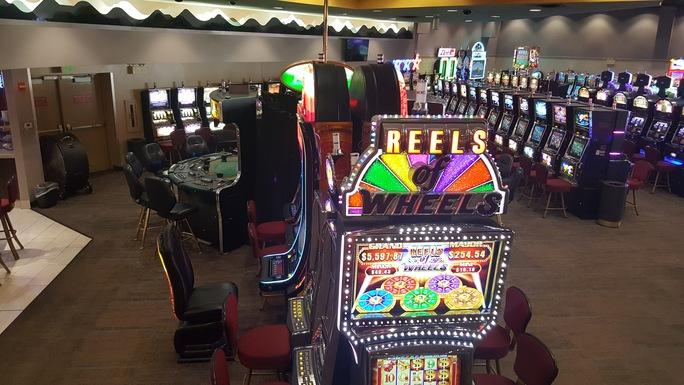 Белые казино минимальная ставка в рулетку в казино